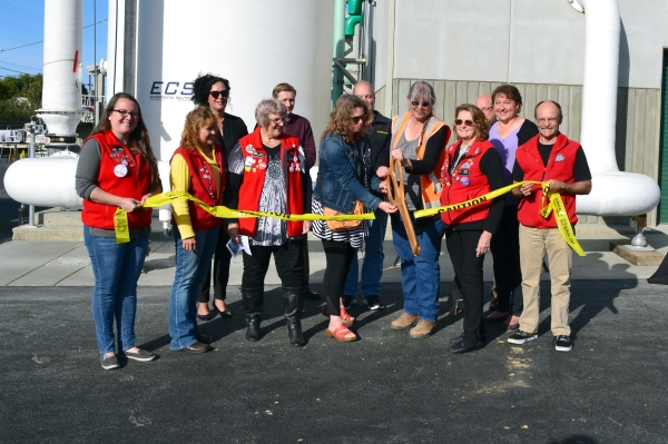 Chamber of Commerce Ambassadors help open the plant, 10/3/18